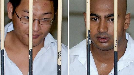 Death row ... Australian drug smugglers Andrew Chan (L) and Myuran Sukumaran (R) in a court holding cell during their trial in Denpasar in February 2006. Picture: AFP/Jewel Samad Source: AFP
