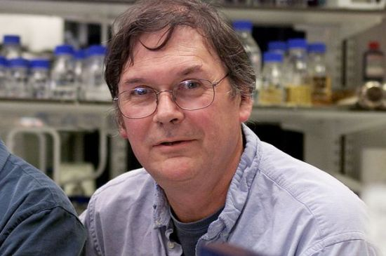 """Sir Tim Hunt in 2001 after winning the Nobel Prize for Physiology and Medicine."" Mirror on Line"